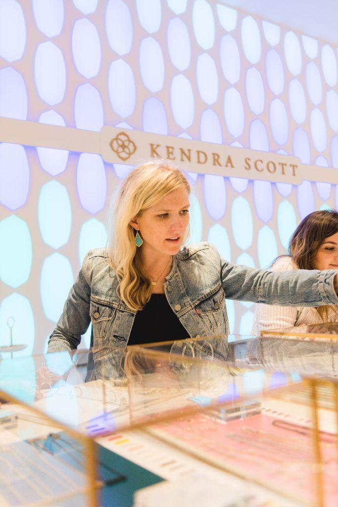 Kendra Scott Color Bar