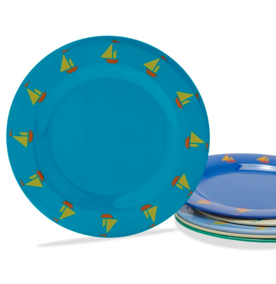 kids plates with sailboat pattern