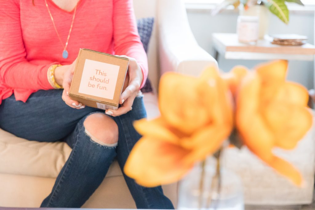 personalized gift box: greetabl review featured by top Missouri life and style blogger, Emmy Lou Styles