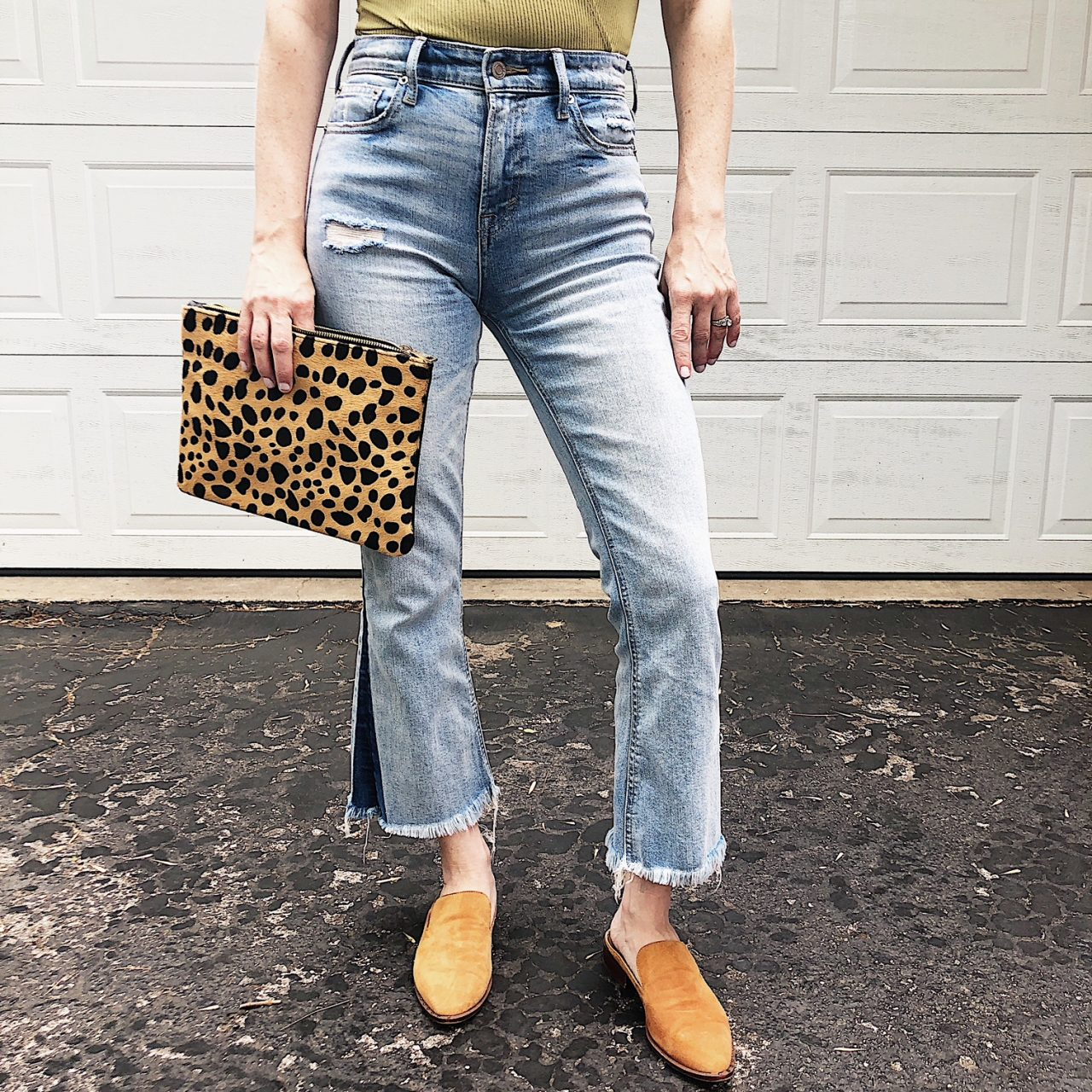 3 WAYS TO WEAR CROPPED FLARE JEANS