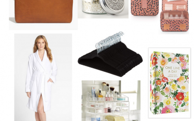 Emily from Emmy Lou Styles shares some of her favorite things including several great gifts for the women on your list.