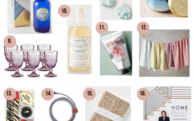 A gift guide for teachers, hostesses and service friends