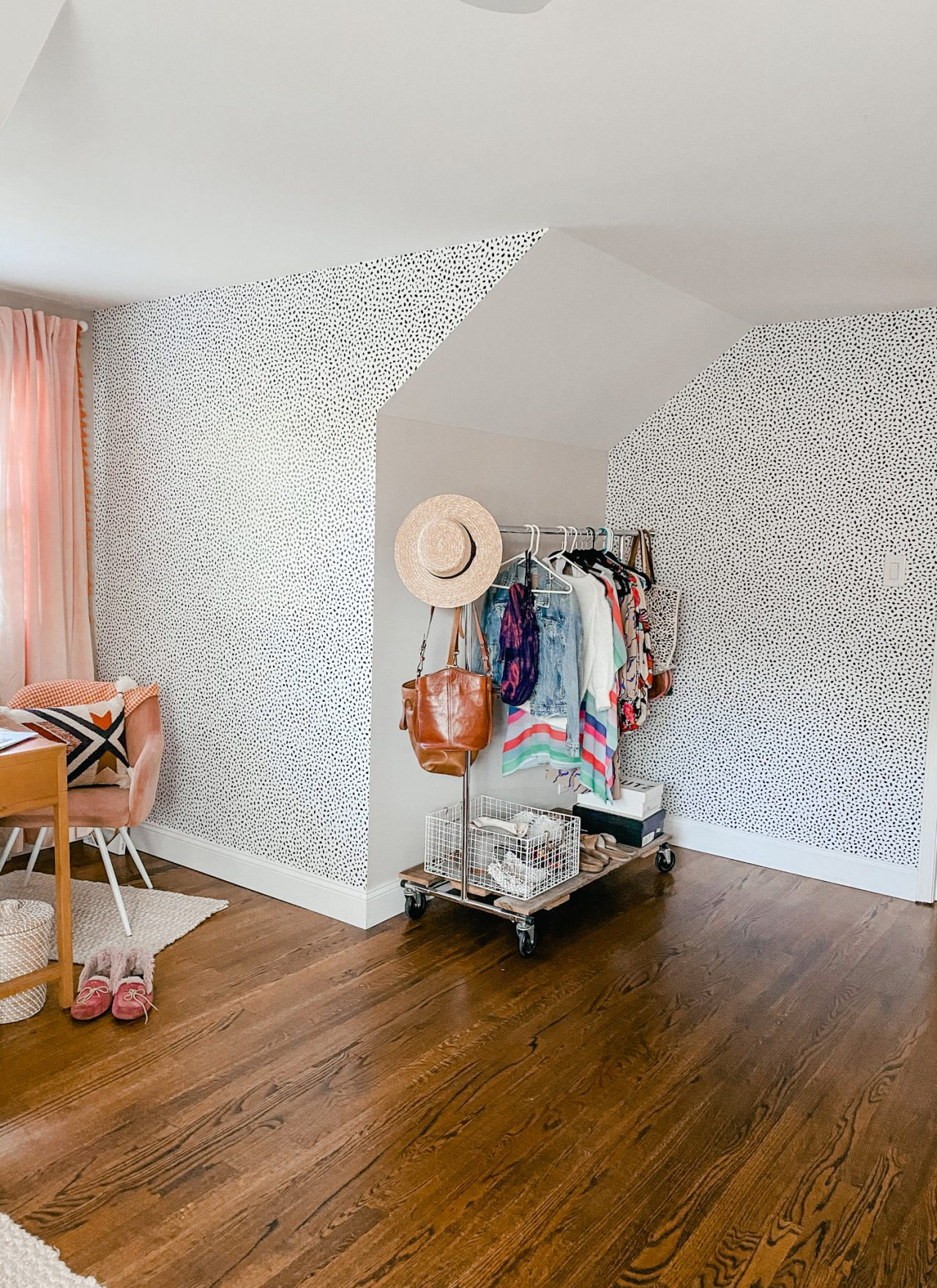 Peel and stick wallpaper in a home office