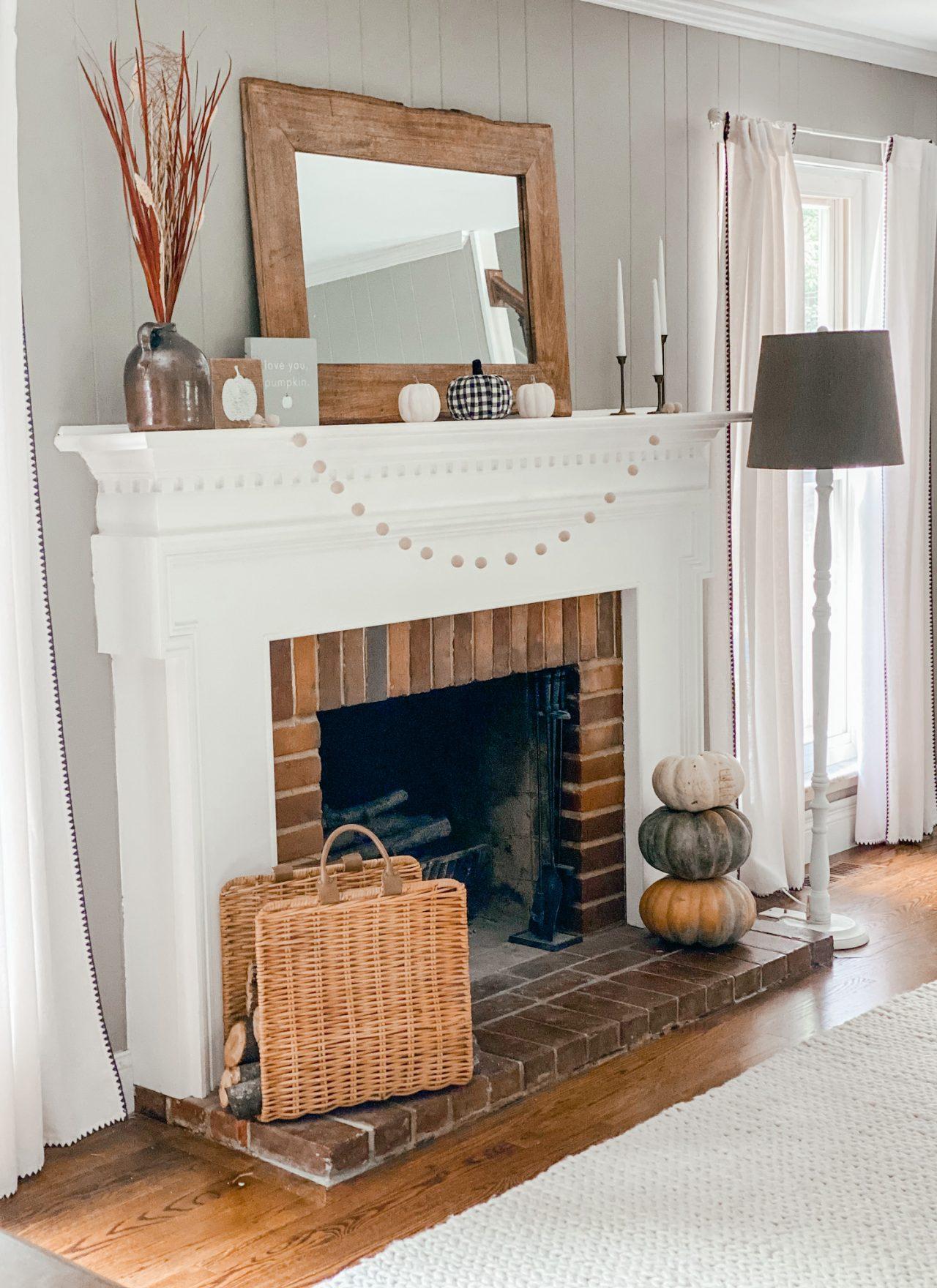 simple fall mantle idea