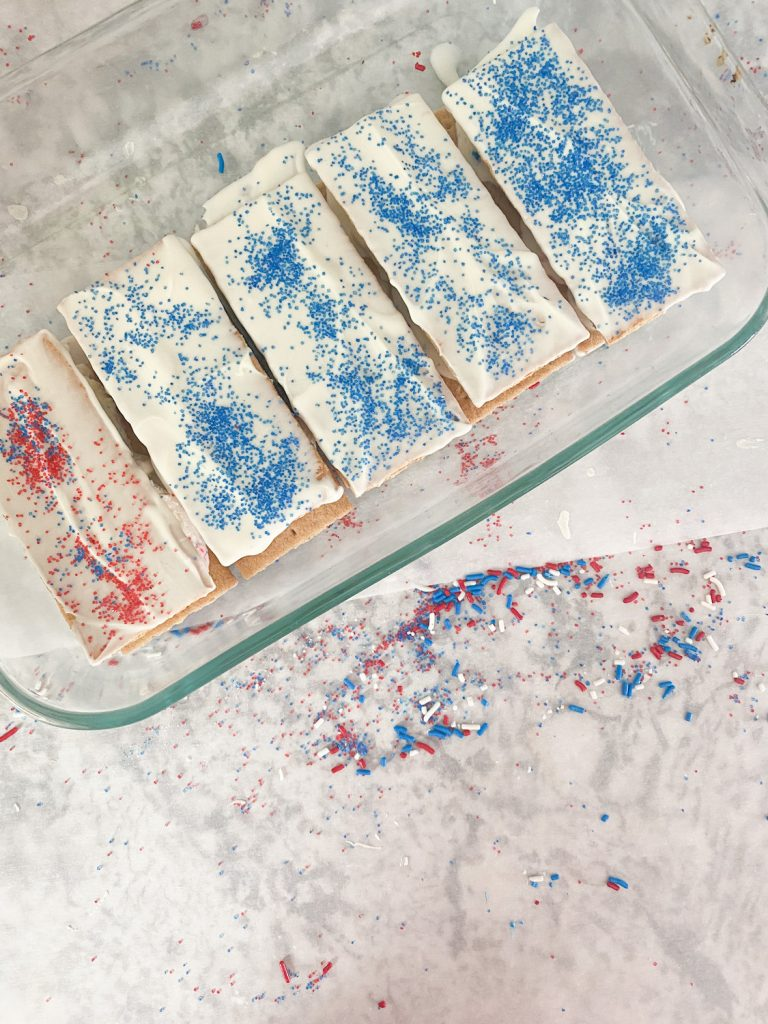Ice cream sandwiches made at home