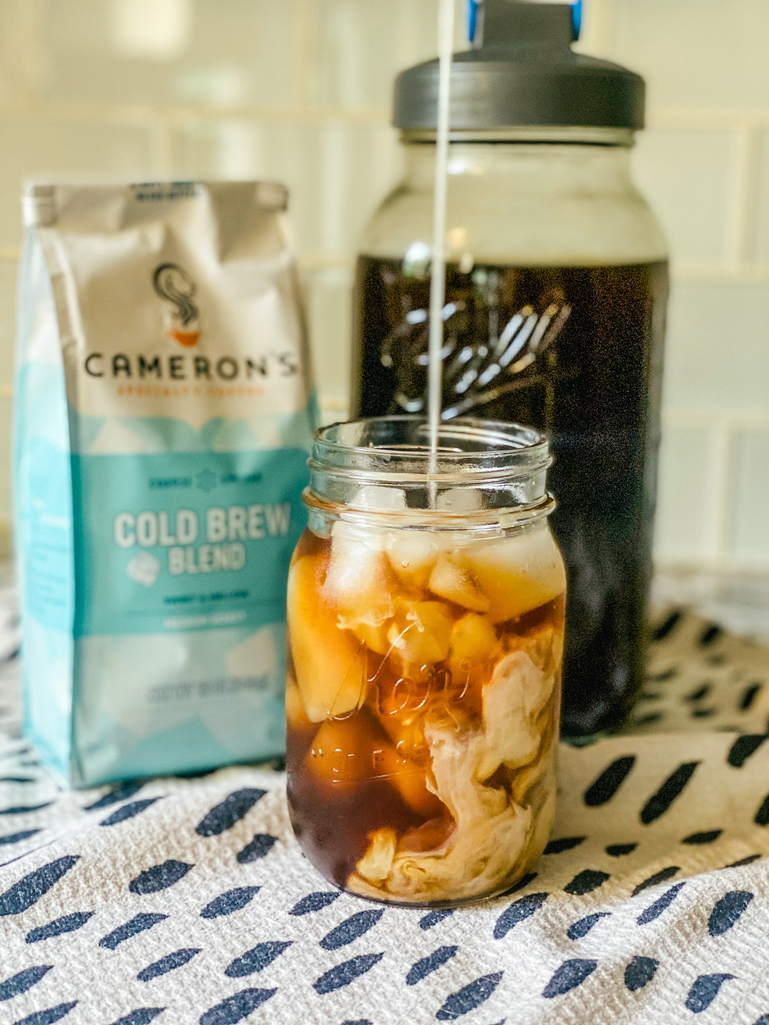 making your own cold brew coffee at home